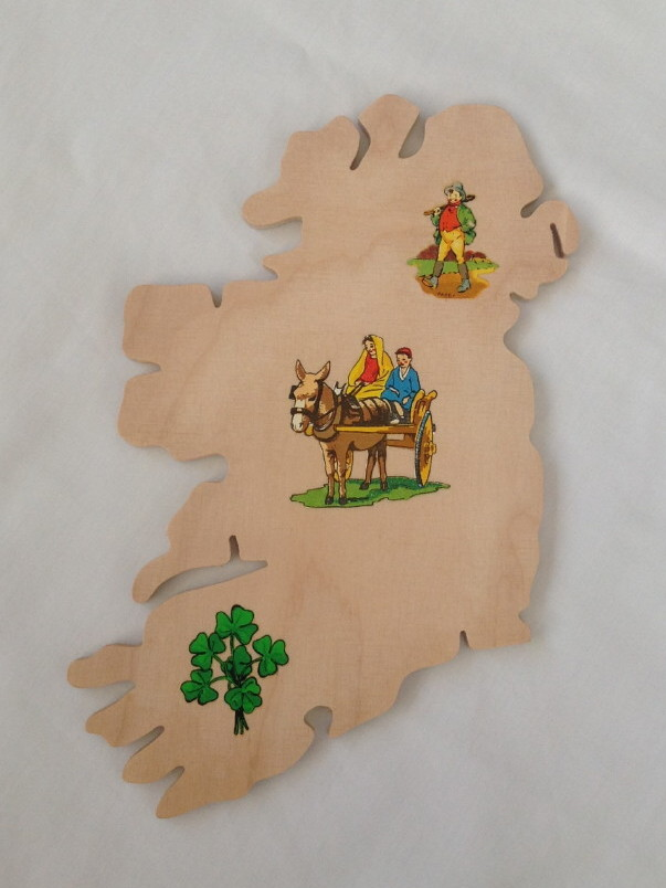 Ireland Map Wooden Souvenir Wall Plaque