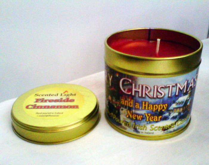 Merry Christmas Cinnamon Candle In A Tin